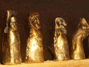 kleine-persoenlichkeiten-bronzegussfiguren